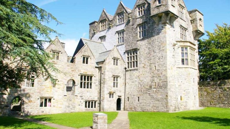 Donegal Castle Featured Photo | Cliste!