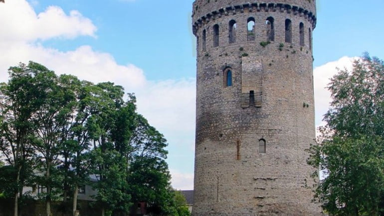 Nenagh Castle Featured Photo | Cliste!