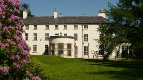 Lissan House Featured Photo